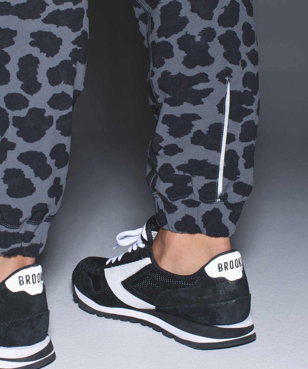 Lululemon Track To Reality Pant III - Cherry Cheetah Dark Slate Black / Black