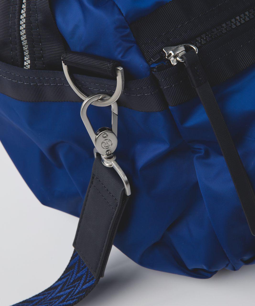 Lululemon Gym To Win Duffel - Sapphire Blue / Naval Blue