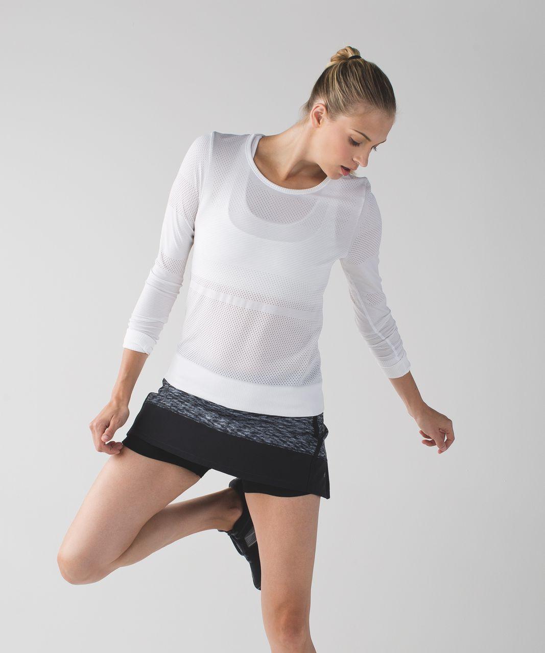 Lululemon Pace Rival Skirt II (Regular) *4-way Stretch - Dramatic Static White Black / Black