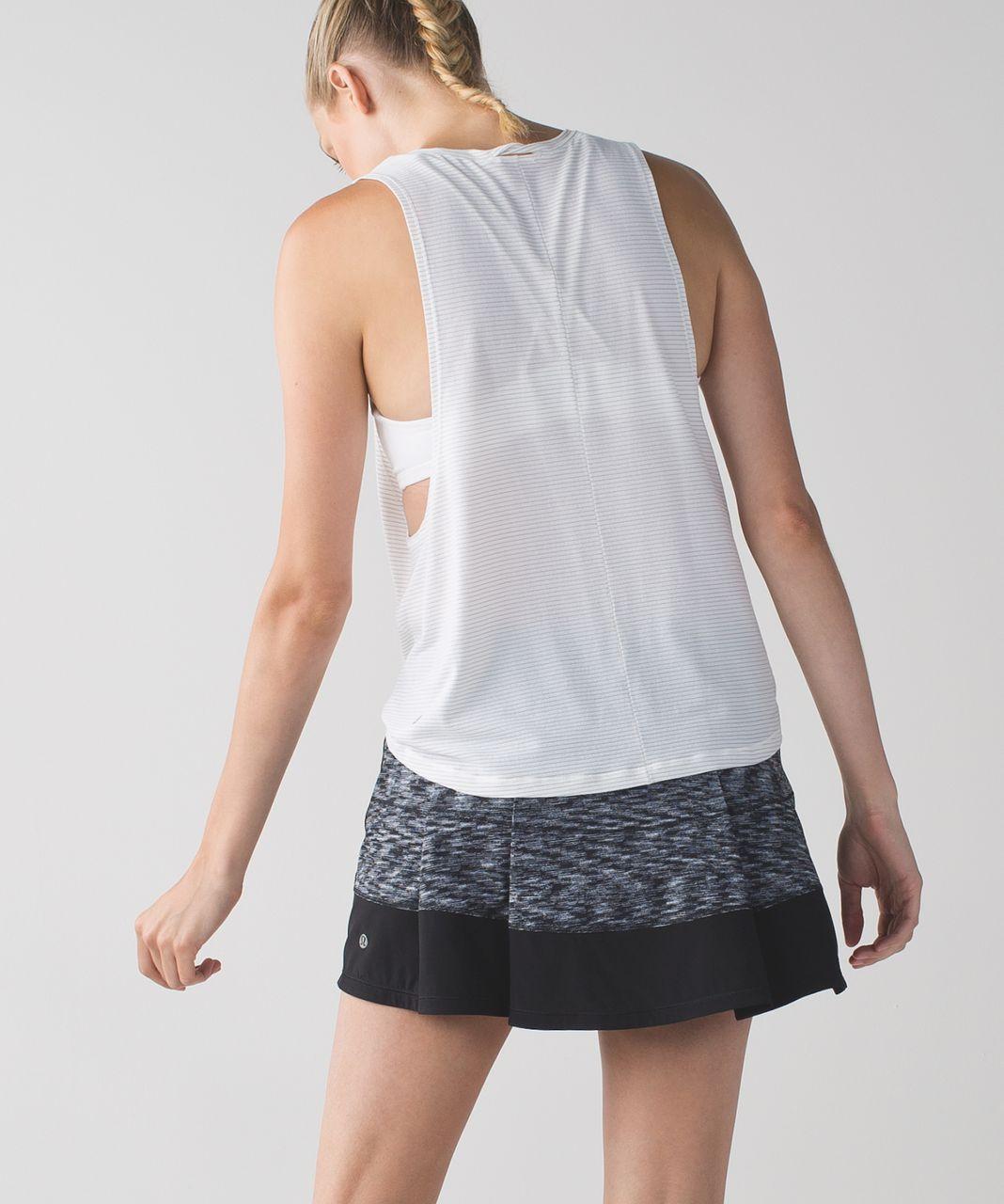 Lululemon Pace Rival Skirt II (Tall) *4-way Stretch - Dramatic Static White Black / Black
