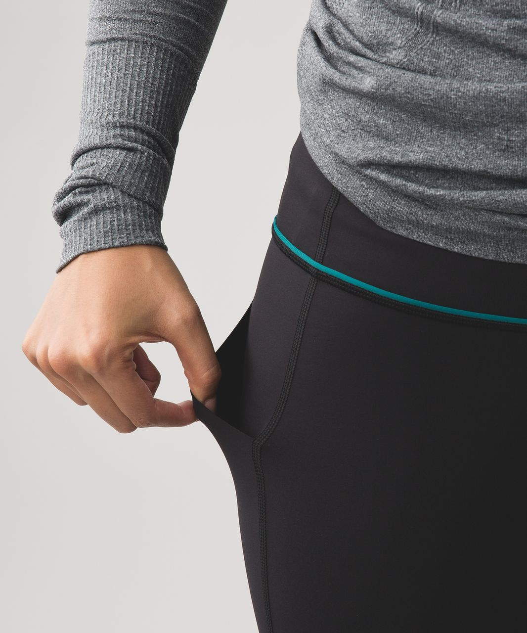 Lululemon Pace Rival Crop *Lights Out - Black / Forage Teal