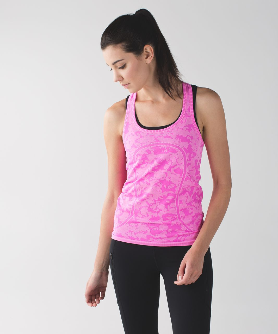 Lululemon Swiftly Tech Racerback (First Release) - Heathered Raspberry Glo Light