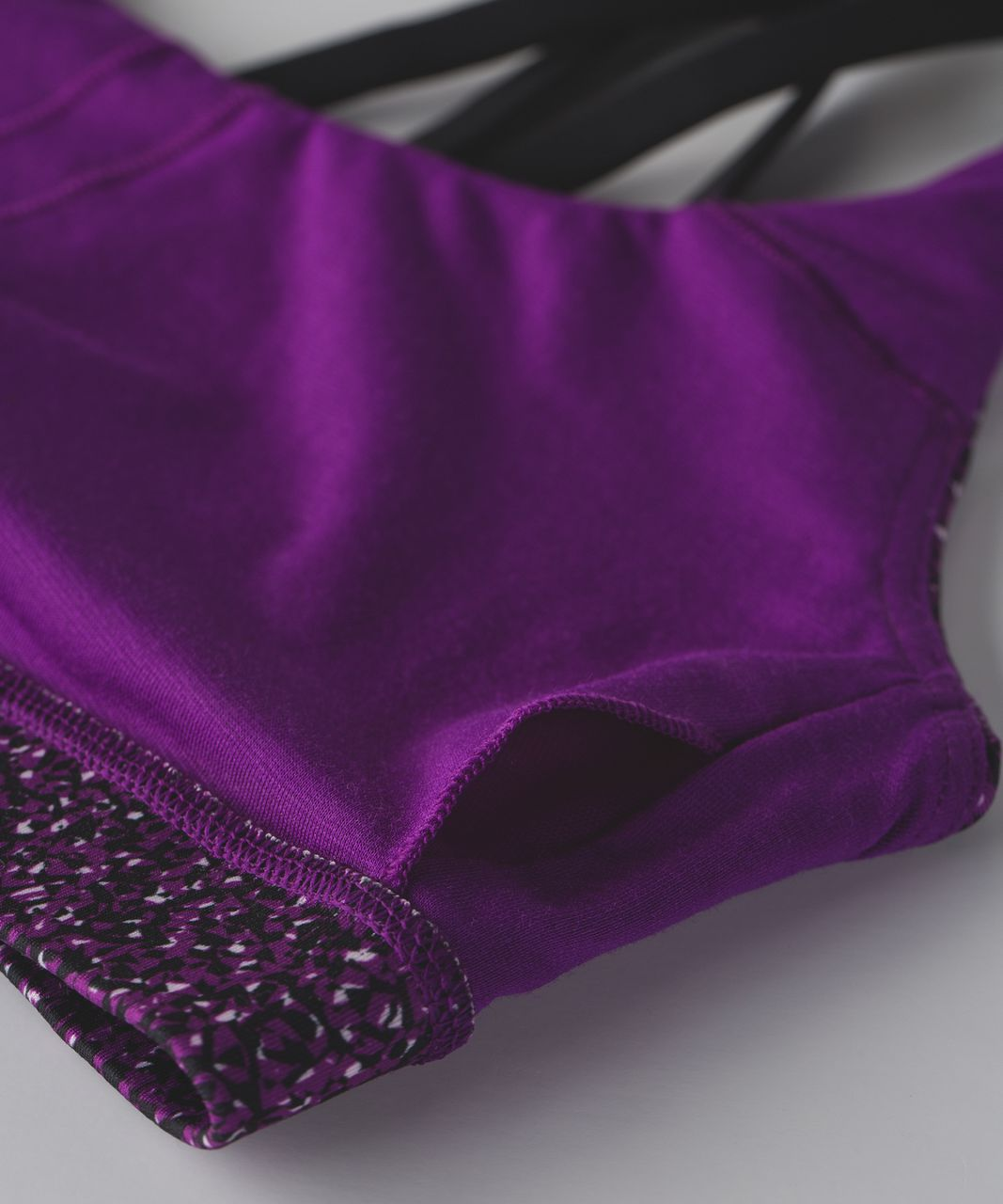 Lululemon Energy Bra - Flashback Static Powdered Rose Tender Violet / Black