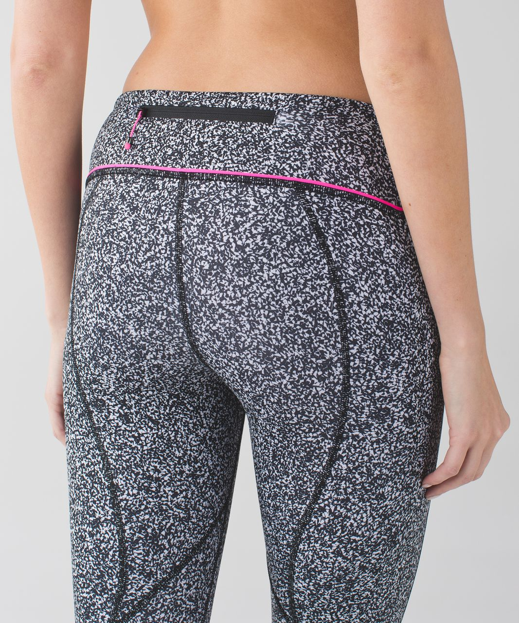 "Lululemon Pace Rival Crop *22"" - Flashback Static White Black / Raspberry Glo Light"