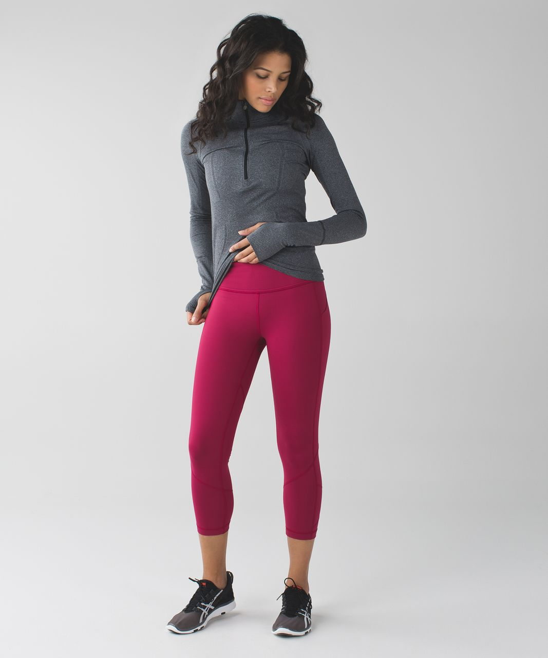 Lululemon Pace Rival Crop - Berry Rumble