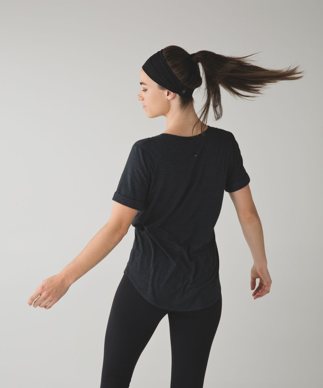 Lululemon Fringe Fighter Headband *Mesh - Black