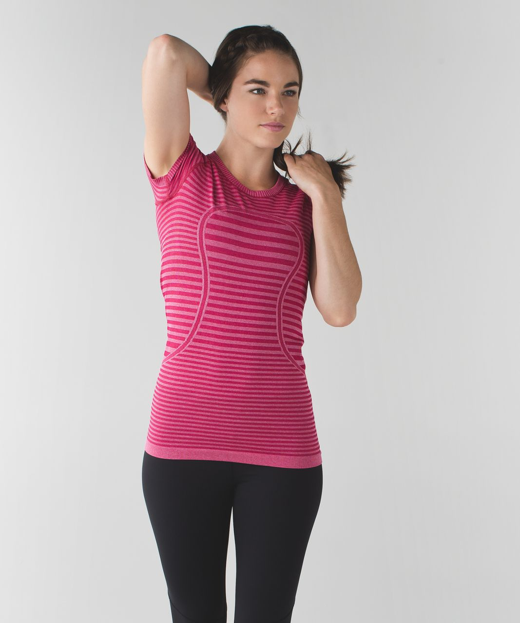 Lululemon Swiftly Tech Short Sleeve Crew - Heathered Berry Rumble
