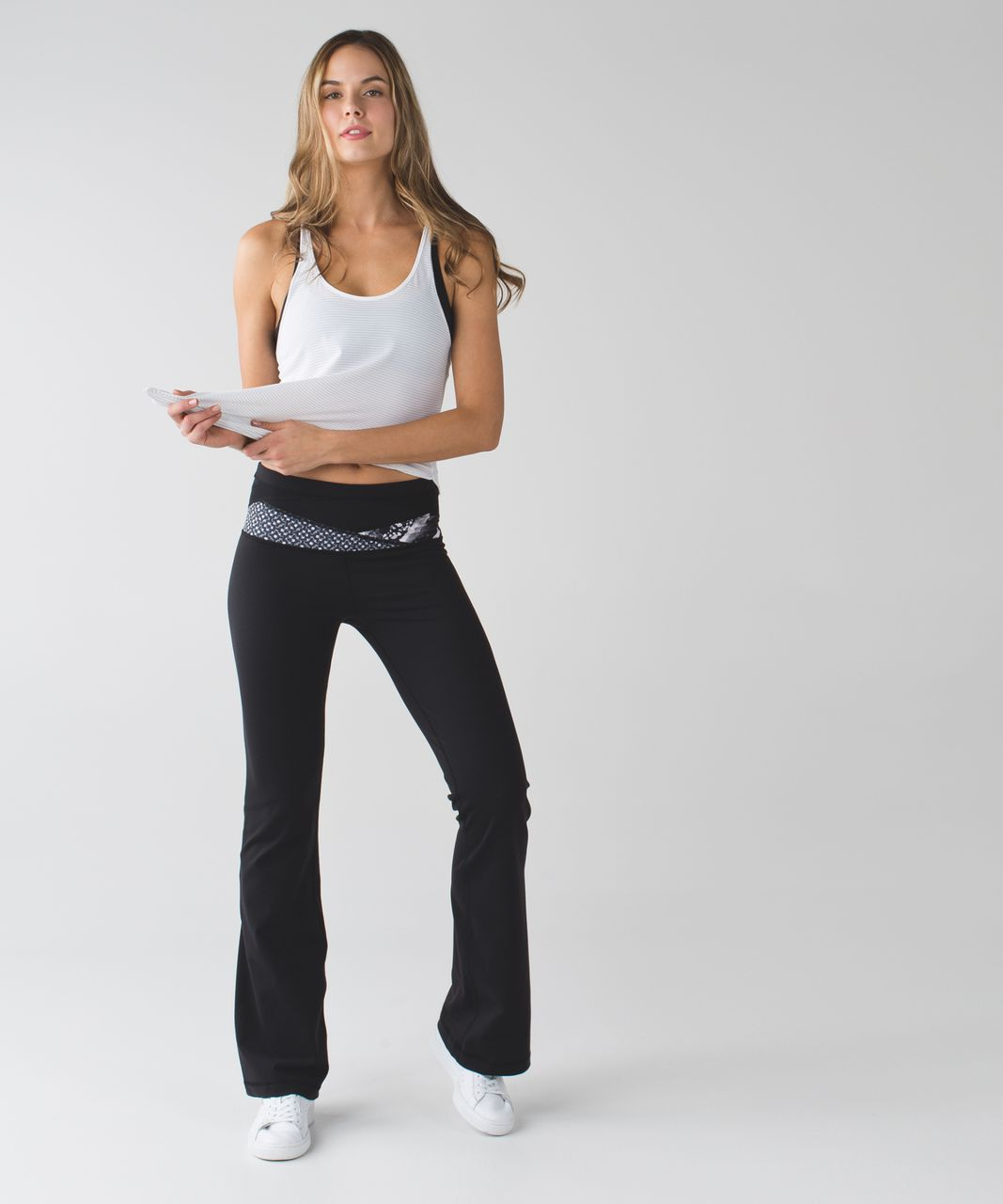 Lululemon Groove Pant III (Regular) *Full-On Luon - Black / Millie Mesh White Black / Static Mist White Black