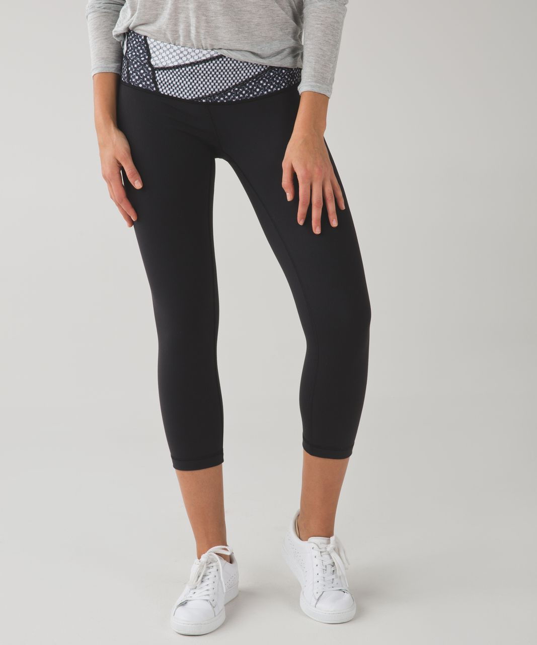 Lululemon Wunder Under Crop III *Full-On Luon - Black / Dottie Eyelet White Black / Millie Mesh White Black