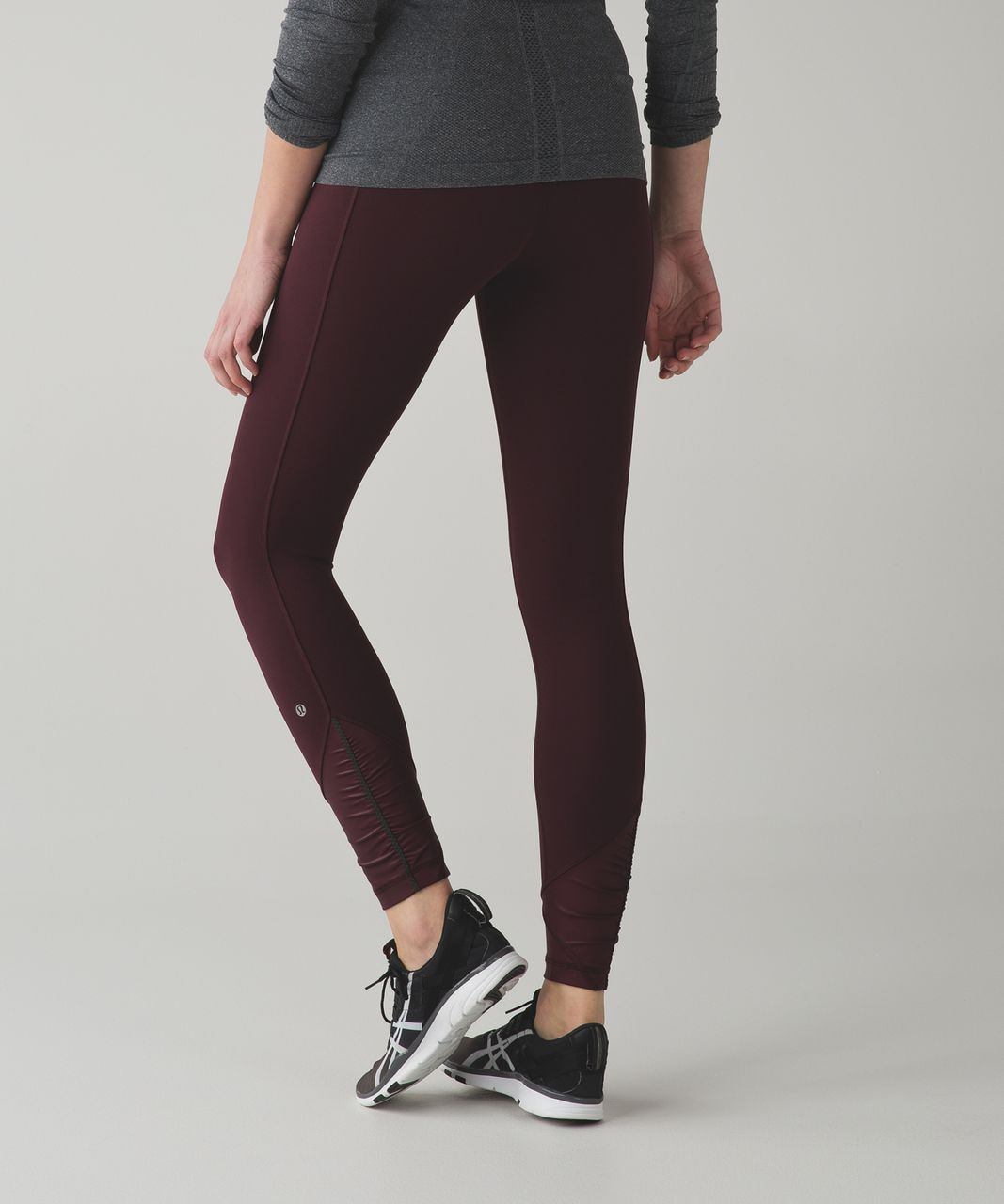 Lululemon Pace Queen Tight *Full-On Luxtreme - Bordeaux Drama / Raspberry