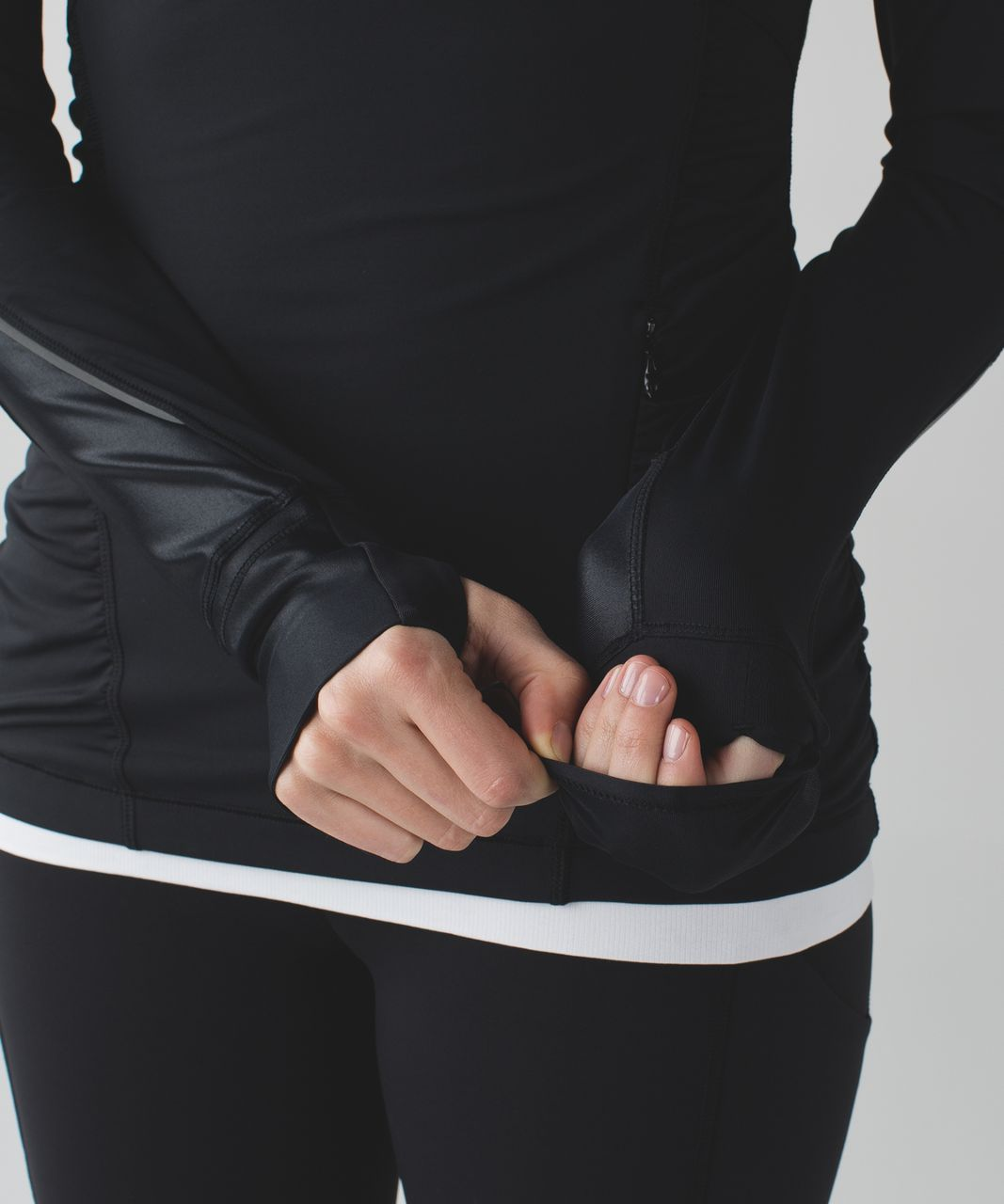 Lululemon Kriss Cross 1/2 Zip - Black