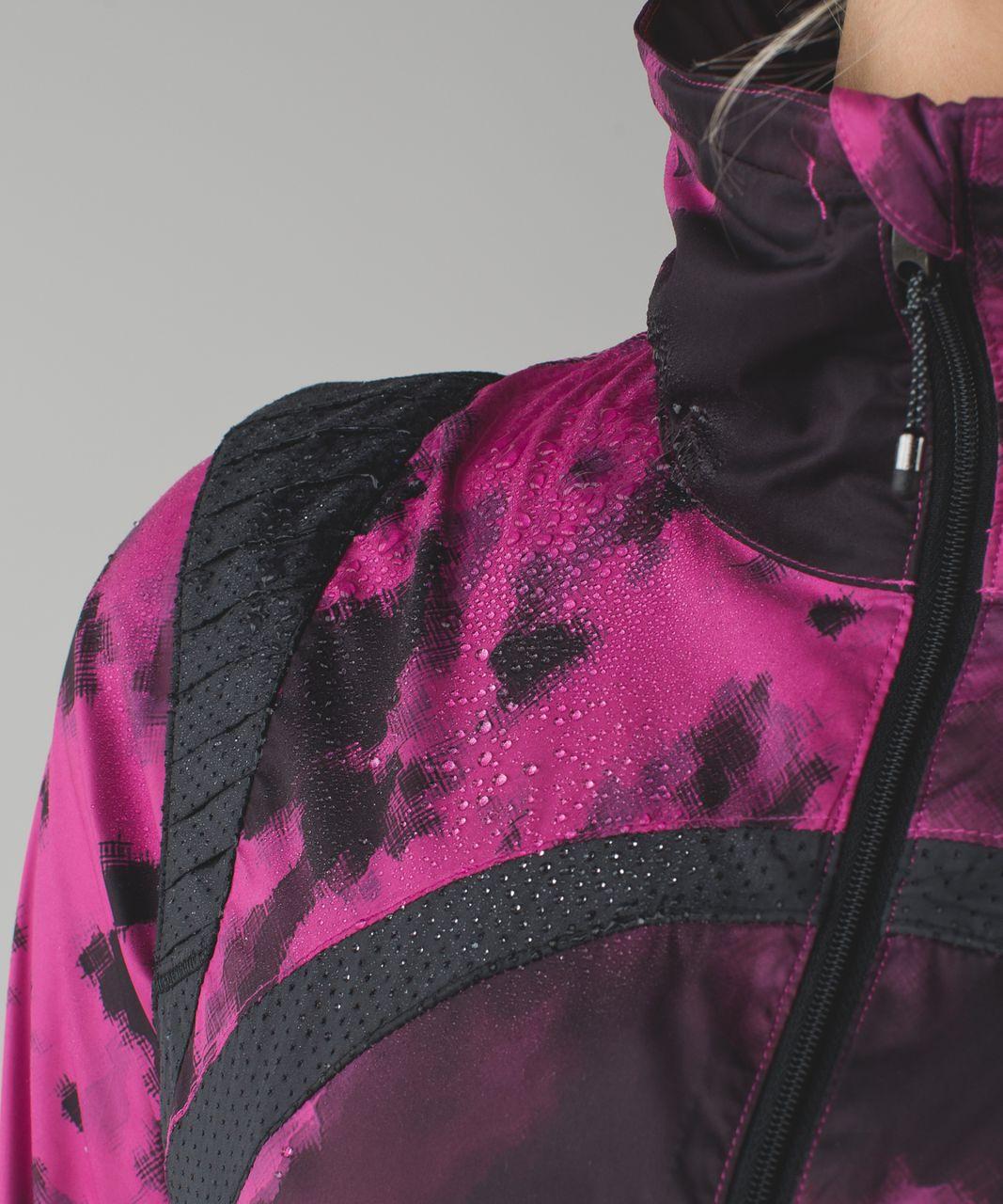 Lululemon Vent It Out Jacket - Blooming Pixie Raspberry Black / Black