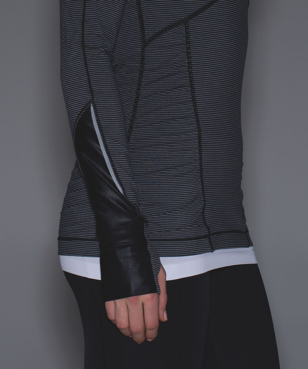 Lululemon Kriss Cross 1/2 Zip - Tonka Stripe Black Heathered Slate