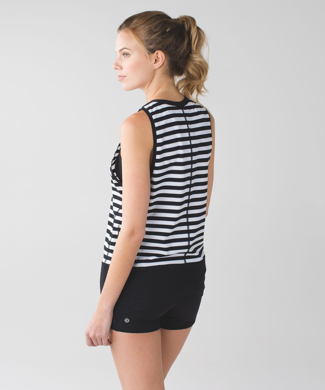 Lululemon Vent It Tank - Apex Stripe Printed White Black / Black