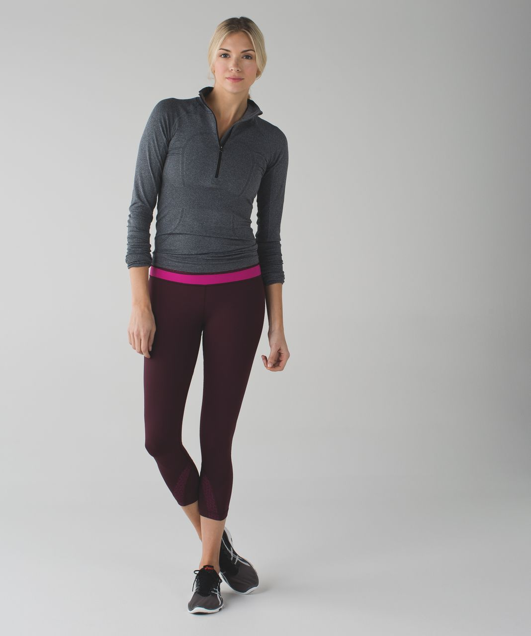 Lululemon Run:  Inspire Crop II *All Luxtreme - Bordeaux Drama / Star Pixel Raspberry Bordeaux Drama / Raspberry