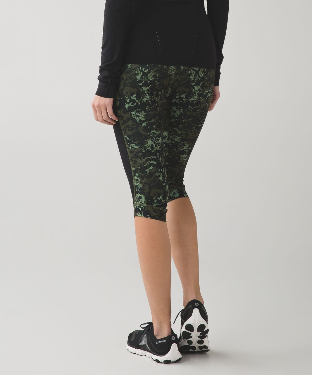 Lululemon Stop At Nothing Crop *Full-On Luxtreme - Fleur Sombre Desert Olive Fatigue Green / Black