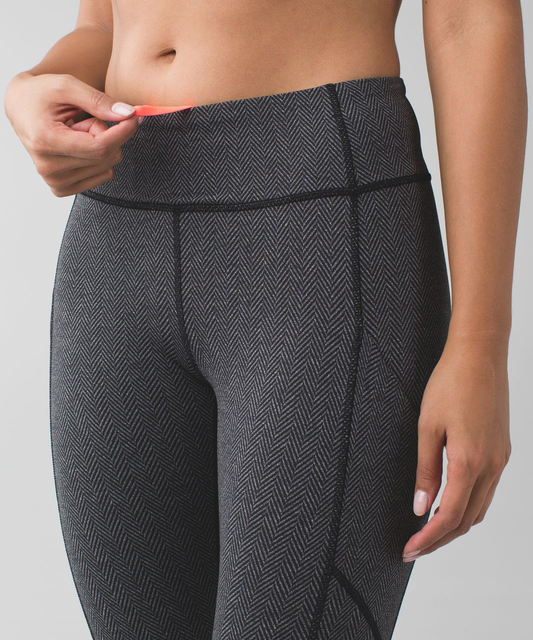 Lululemon Speed Crop - Giant Herringbone Black Heathered Black
