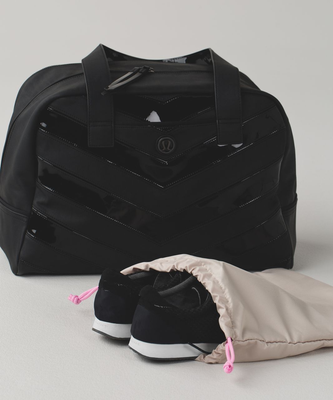 Lululemon Urban Sanctuary Bag - Black