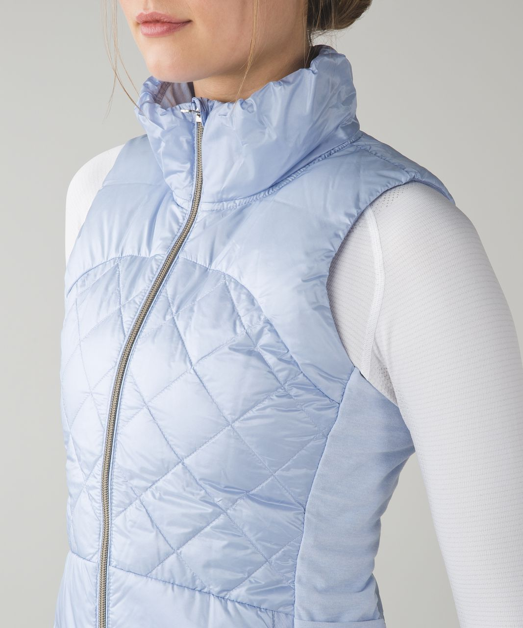 Lululemon Down For A Run Vest - Cool Breeze