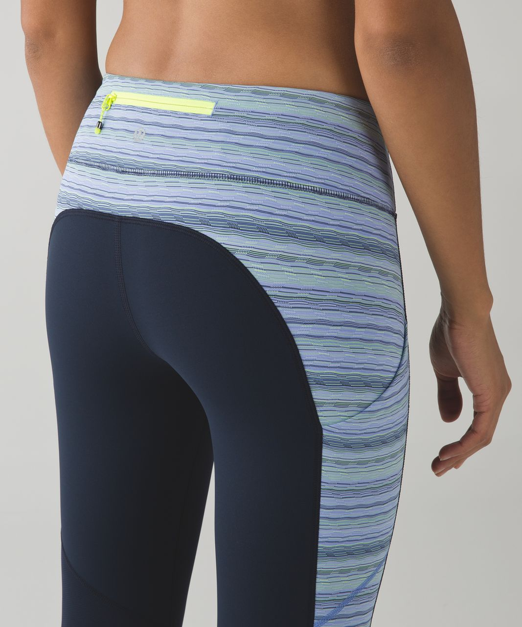 Lululemon Speed Tight IV - Inkwell / Space Dye Twist Lullaby Ray