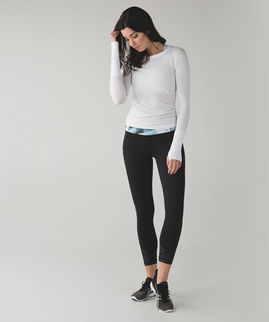 Lululemon Pace Queen Tight *Full-On Luxtreme - Black / Blooming Pixie Aquamarine Multi