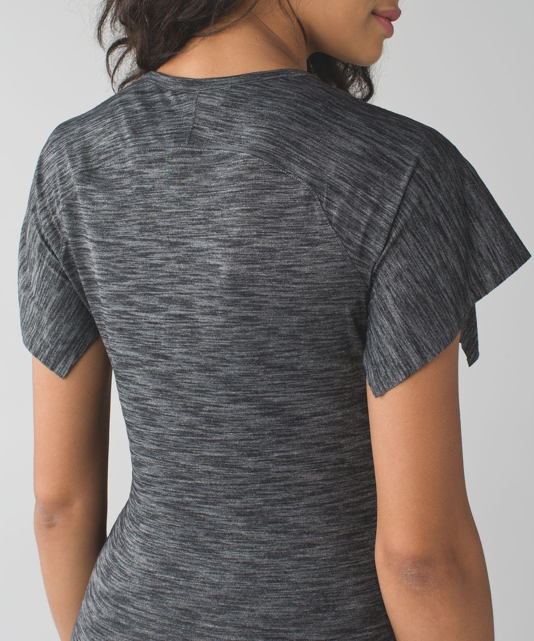Lululemon &go Take-Off Tee - Heathered Black