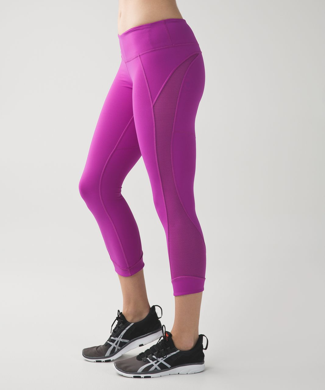 Lululemon Interval Crop - Ultra Violet