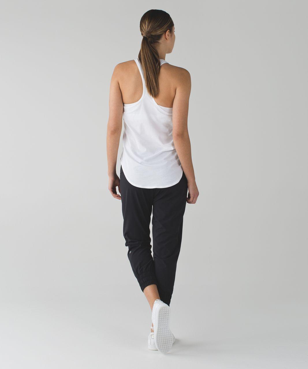 Lululemon Stretch It Out Crop - Black
