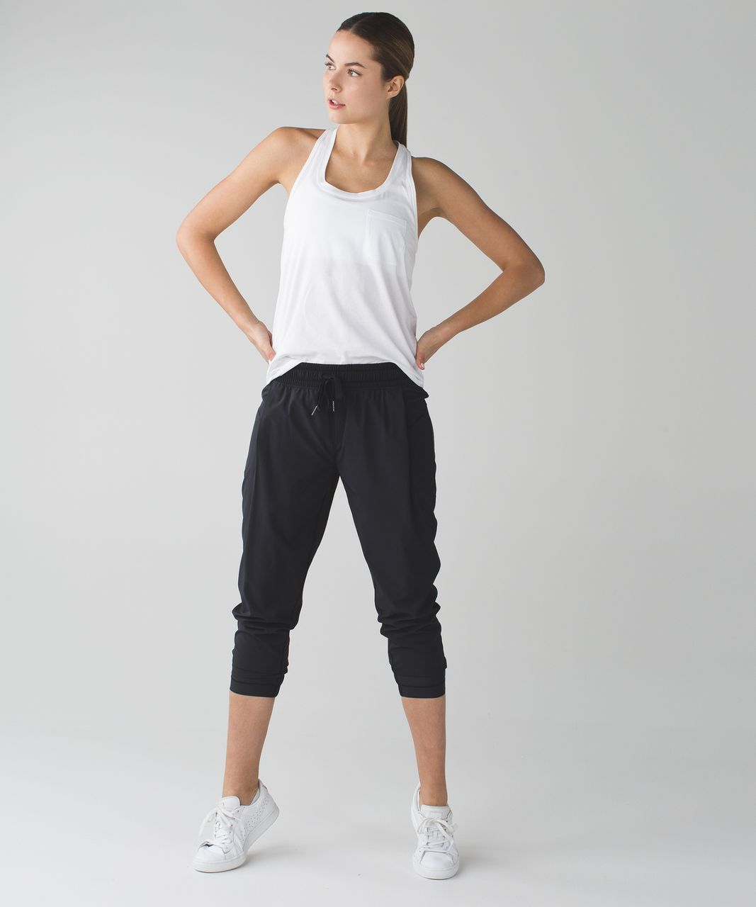 Lululemon Stretch It Out Crop - Black
