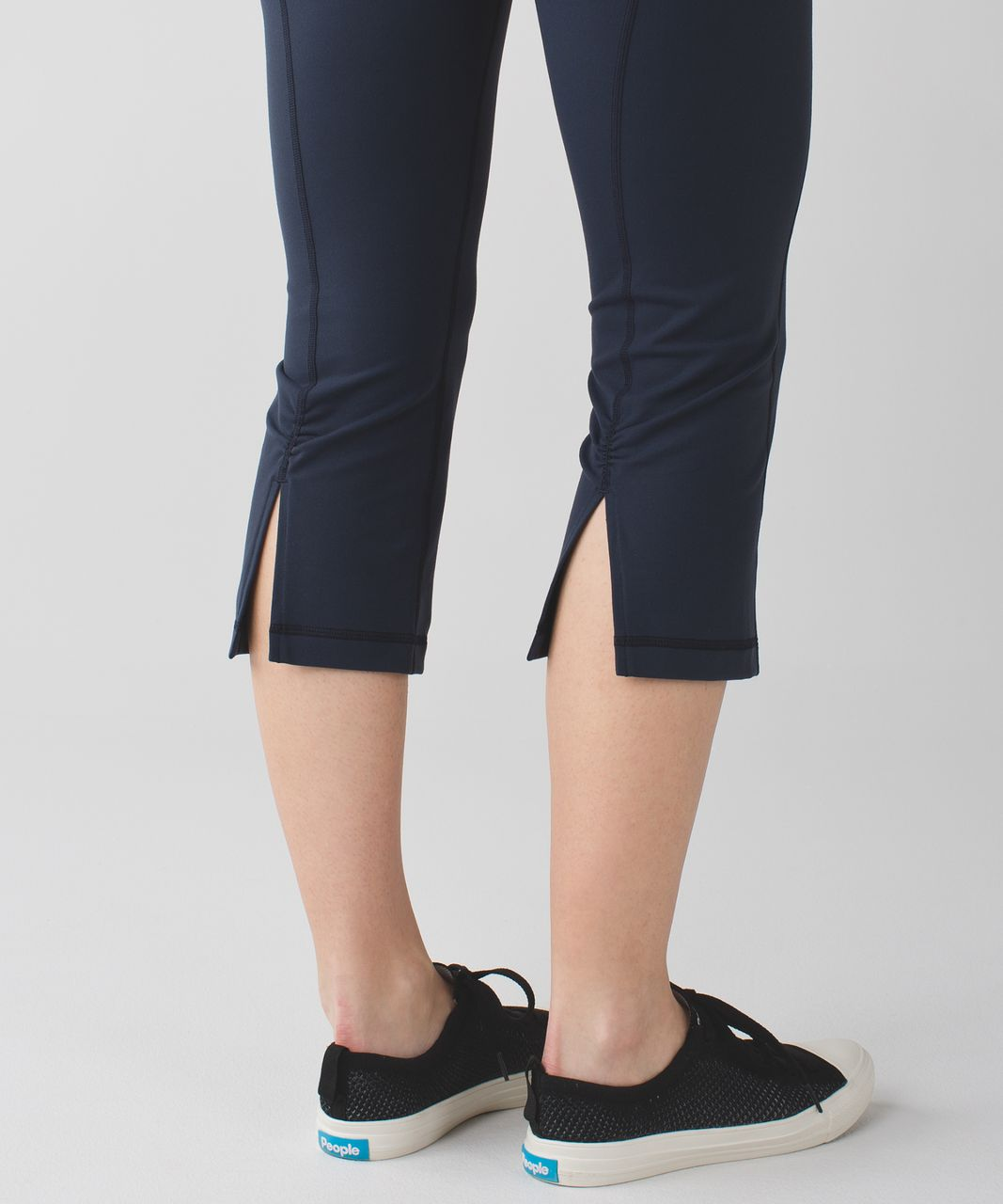 Lululemon Gather & Crow Crop II *Full-On Luon - Inkwell / Space Dye Twist Naval Blue Very Light Flare