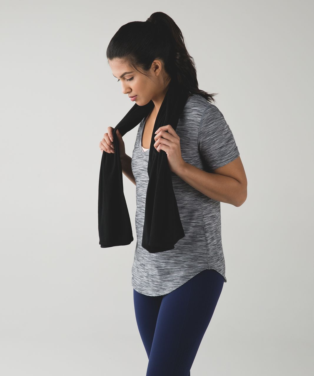 Lululemon Sage Scarf *Wool - Black