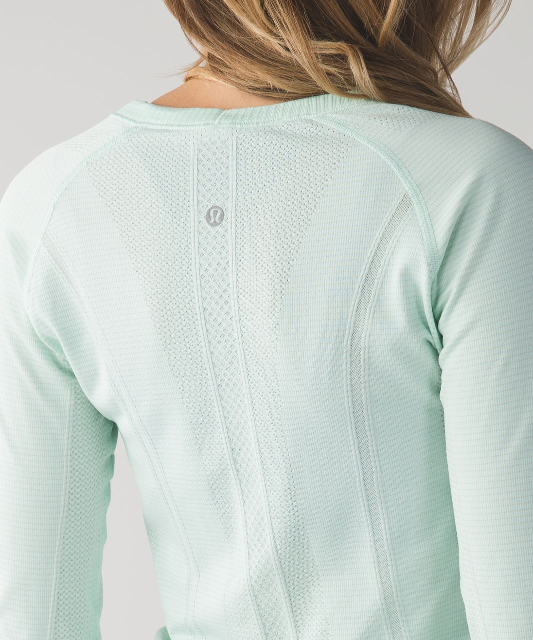 Lululemon Swiftly Tech Long Sleeve Crew (First Release) - Heathered Sea Mist