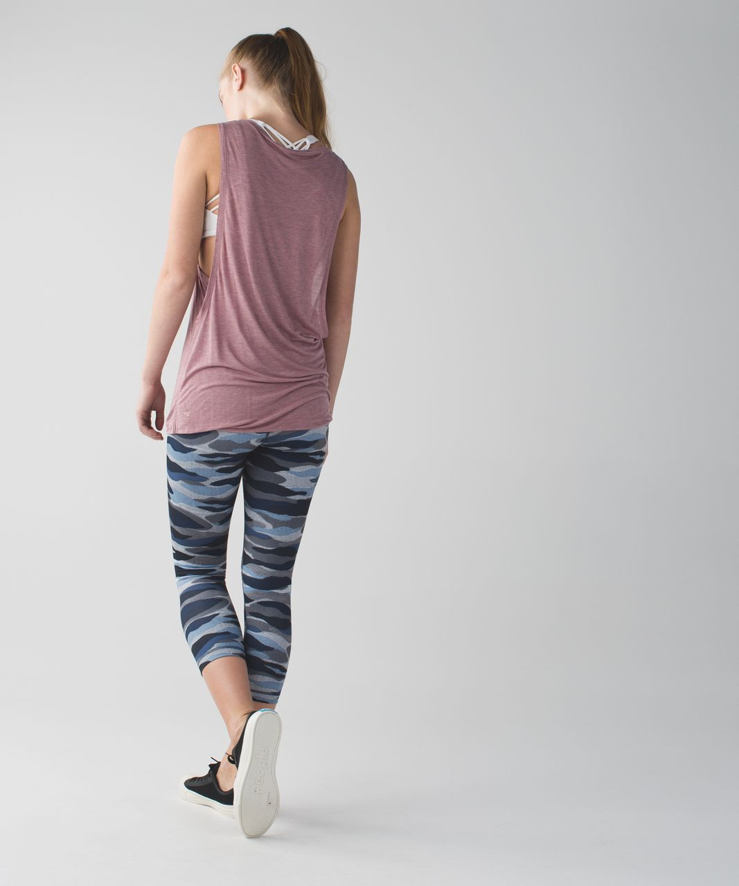 Lululemon Wunder Under Crop (Hi-Rise) *Full-On Luon - Mini Coast Camo Deep Navy Multi