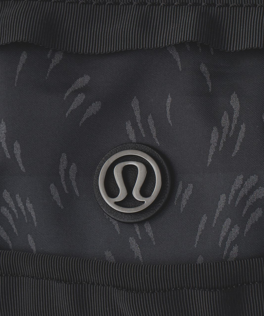 Lululemon Gym To Win Duffel - Pitter Patter Bold Stripe Deep Coal Black / Black