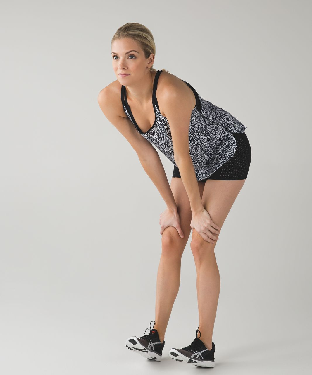 Lululemon Stride To Tide Tank - Miss Mosaic Black / Black