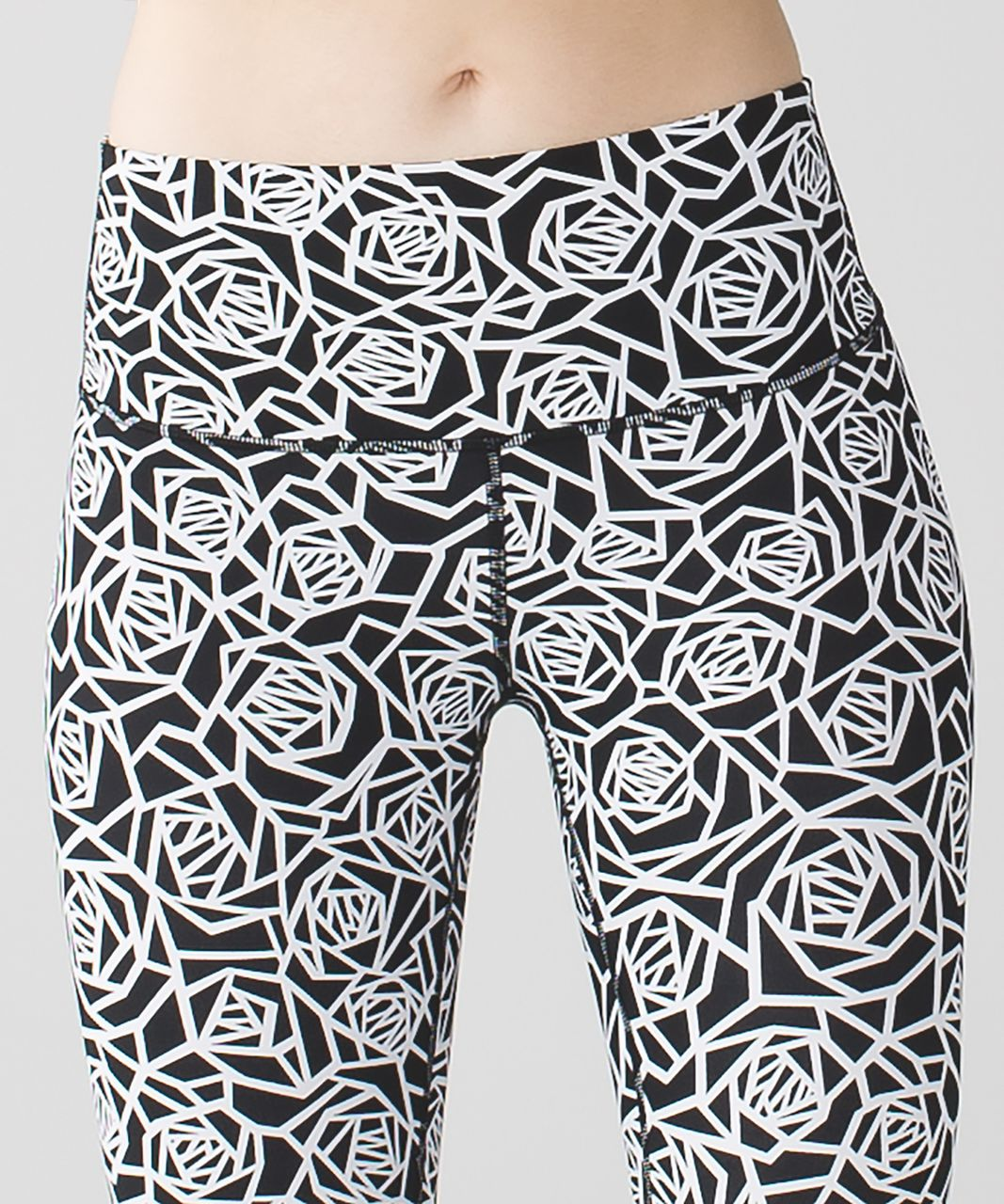 Lululemon High Times Pant *Full-On Luxtreme - Posey Black White