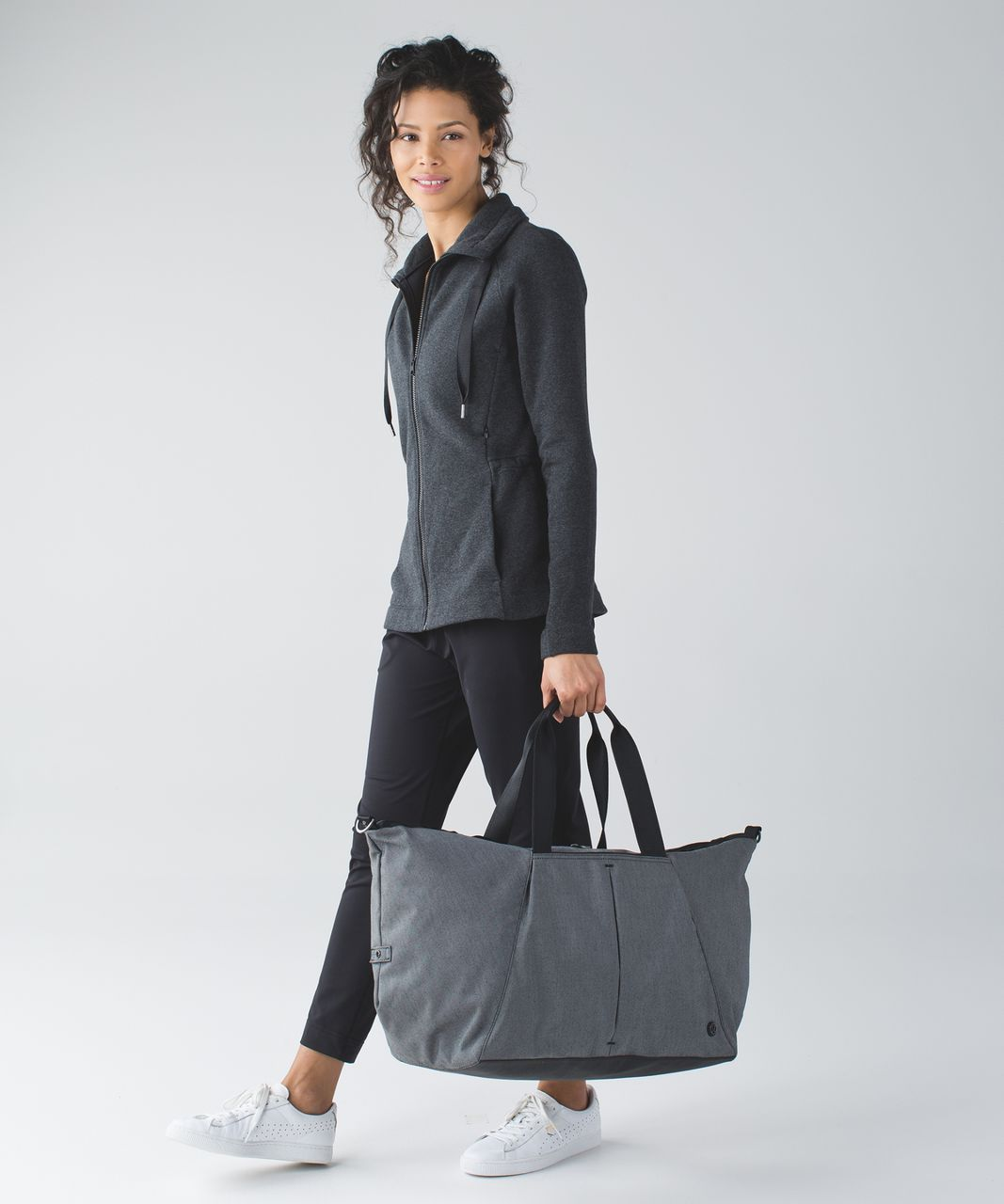 Lululemon Break Free Weekender - Black / White / Black