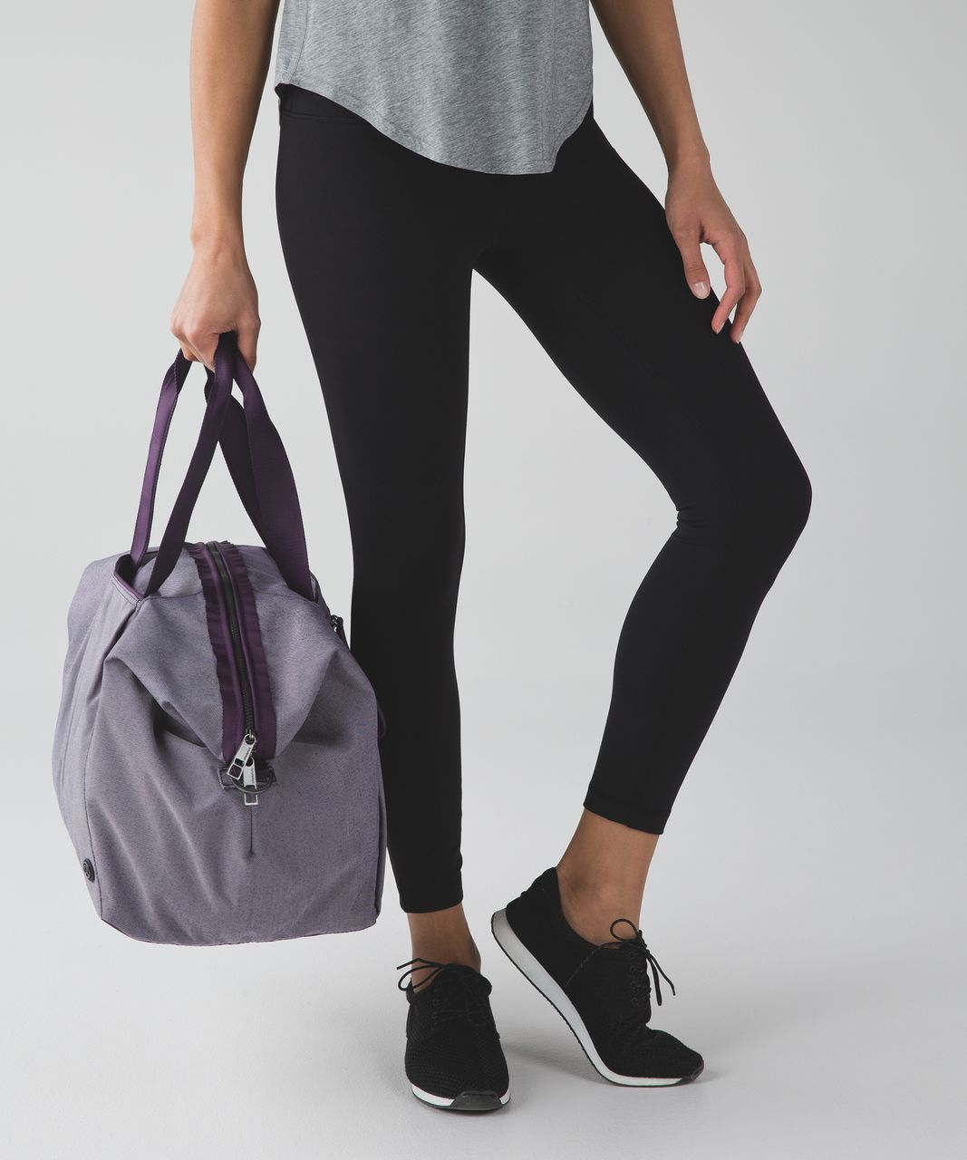 Lululemon Break Free Weekender - Deep Zinfandel / White / Deep Zinfandel