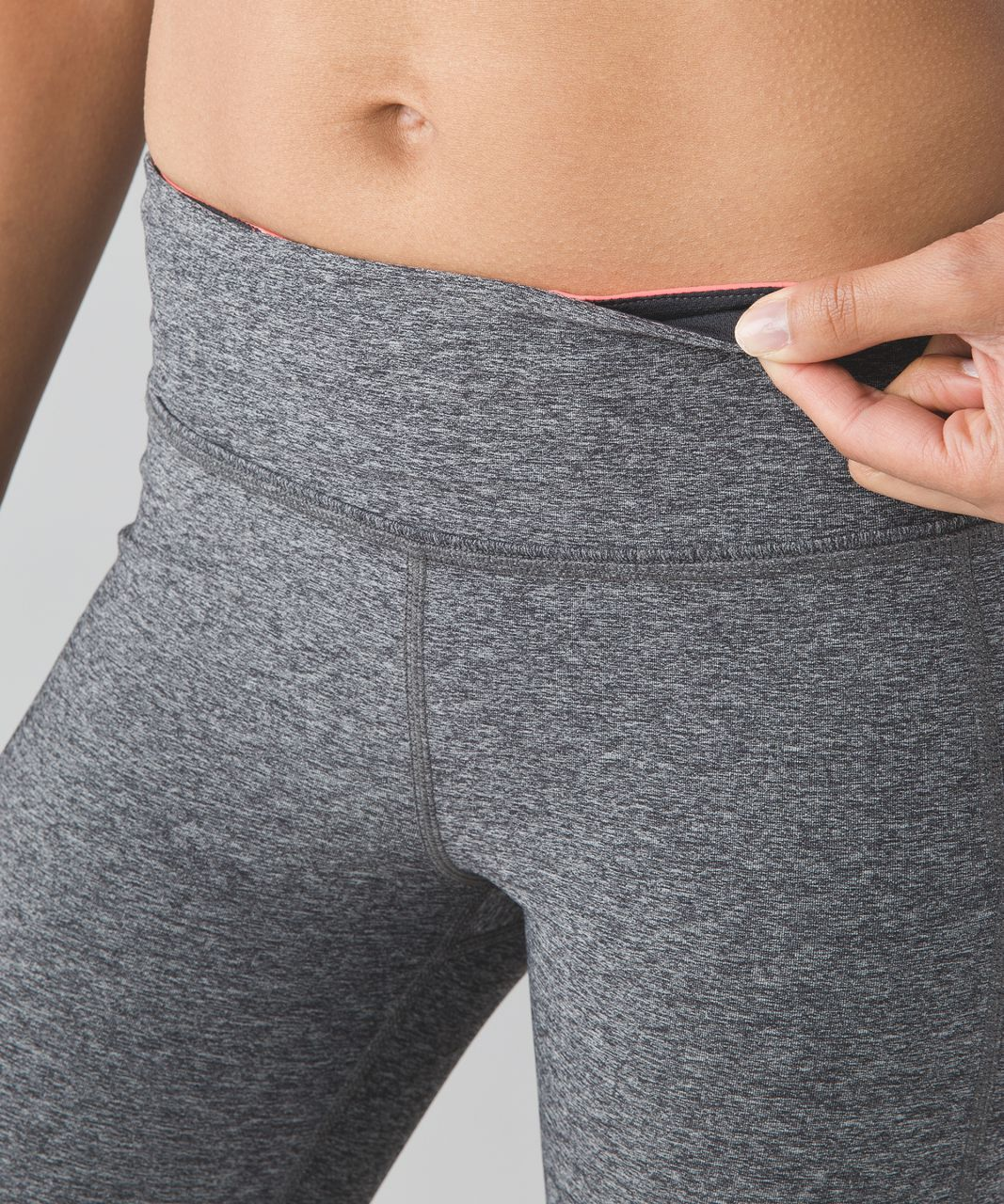 "Lululemon Pace Rival Crop *22"" - Heathered Black / Deep Coal / Very Light Flare"