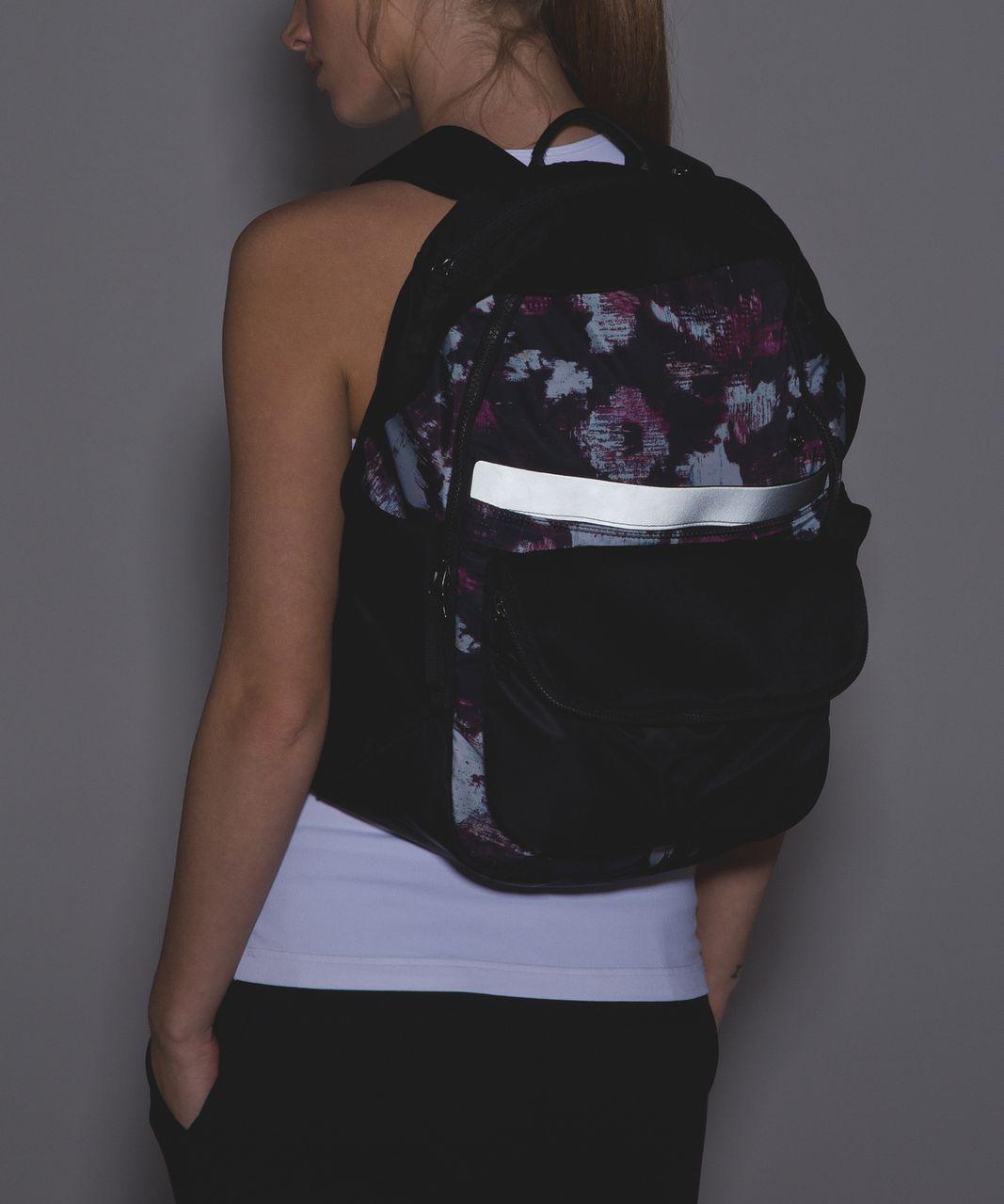 Lululemon All Day Backpack - Kara Blossom Multi / Black