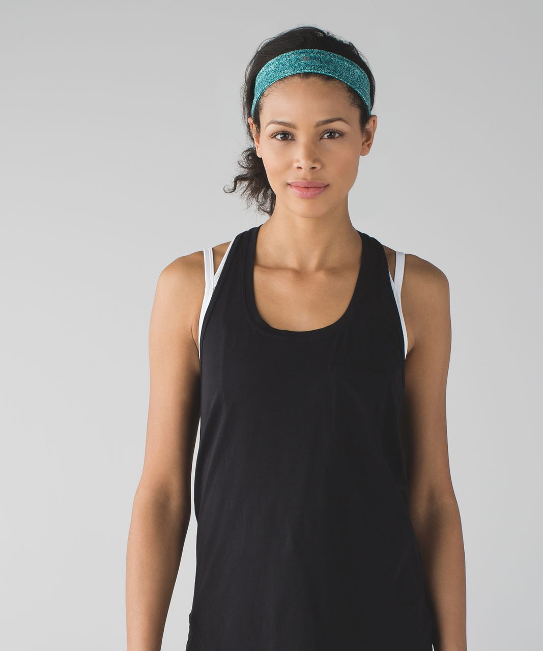 Lululemon Fly Away Tamer Headband 2.0 - Rio Mist Sea Mist Deep Green