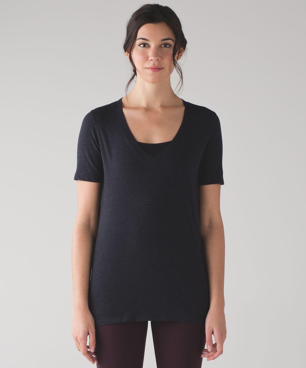 Lululemon Love Tee IV - Mini Stripe Heathered Inkwell Black