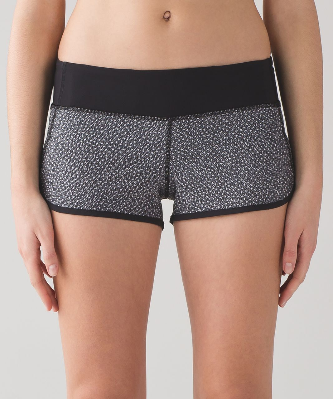 "Lululemon Speed Short (4-way Stretch 2 1/2"") - Frozen Fizz White Black / Black"