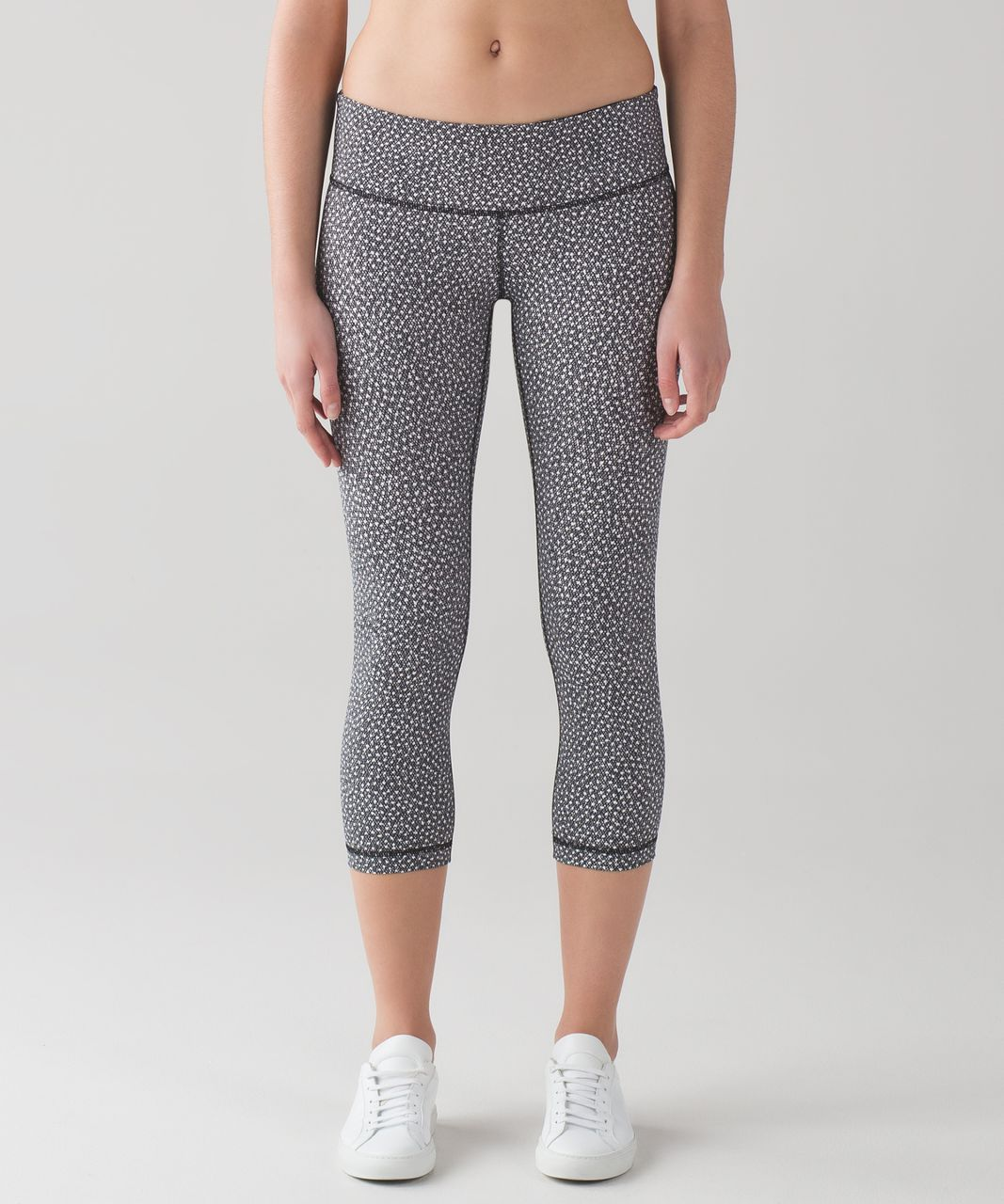 "Lululemon Wunder Under Crop III (Full-On Luxtreme 21"") - Frozen Fizz White Black"