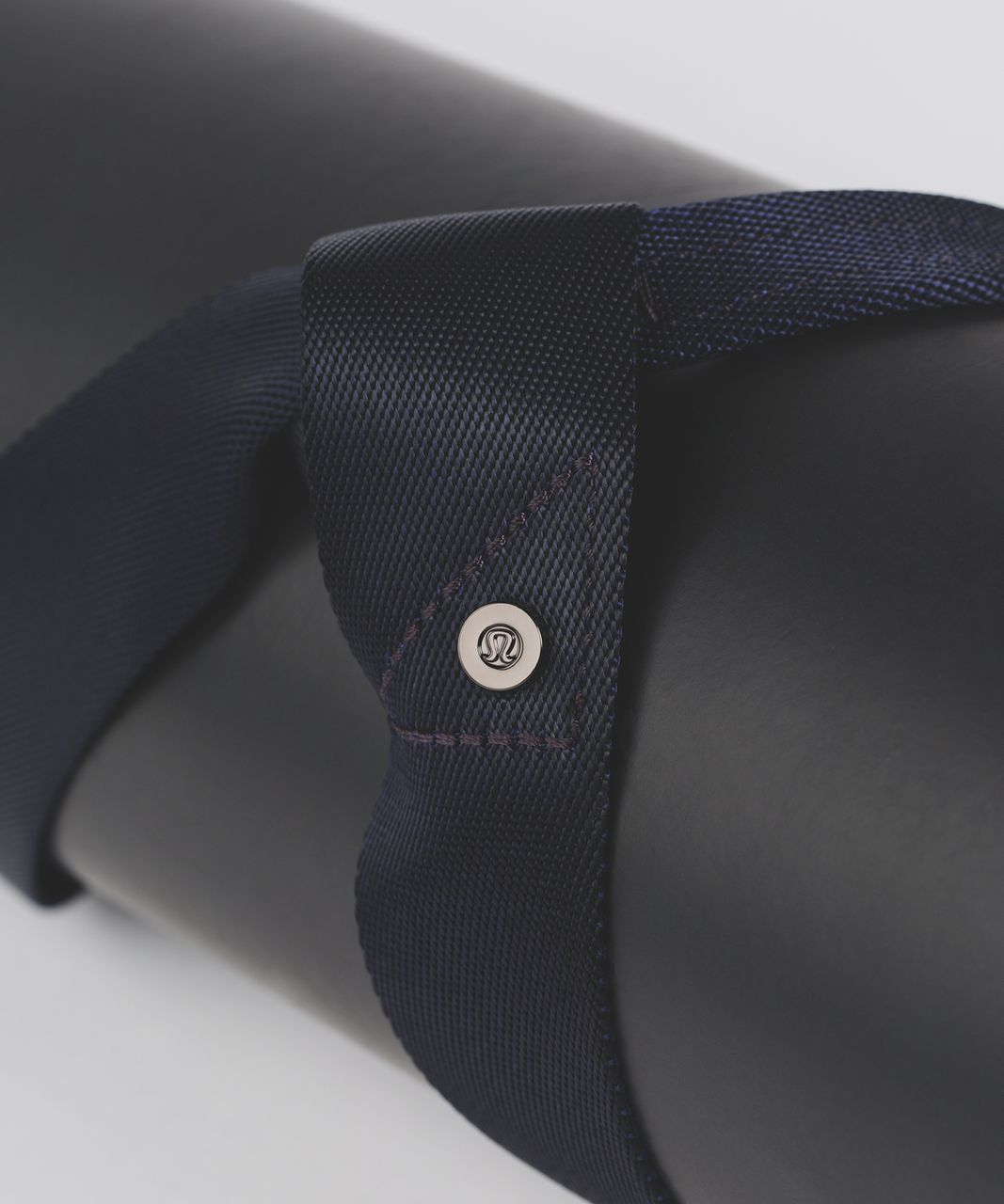Lululemon Loop It Up Mat Strap - Midnight Navy / Blueberry Jam