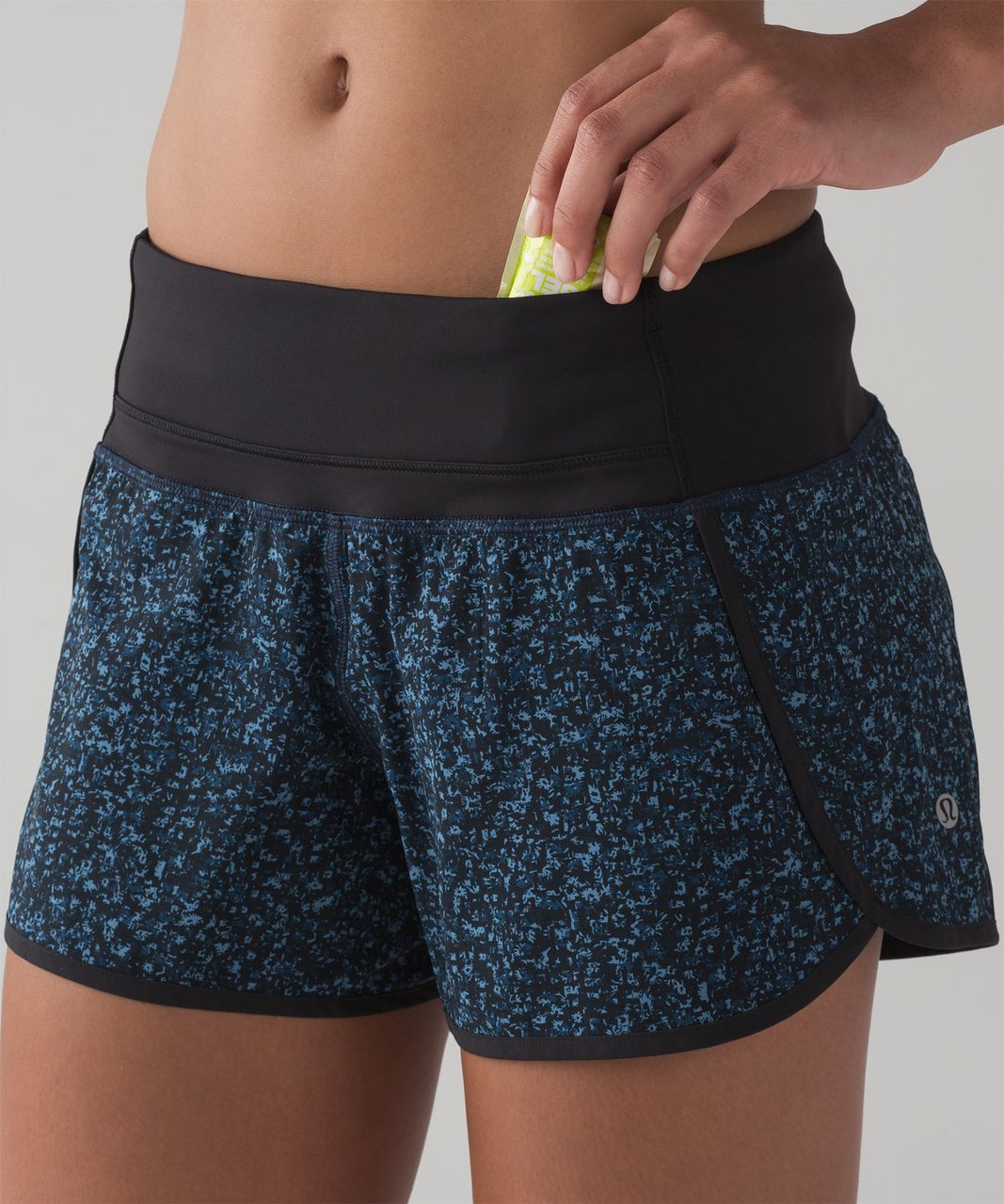 "Lululemon Run Times Short (4-way Stretch 4"" ) - Daisy Dust Illuminight Black / Black"