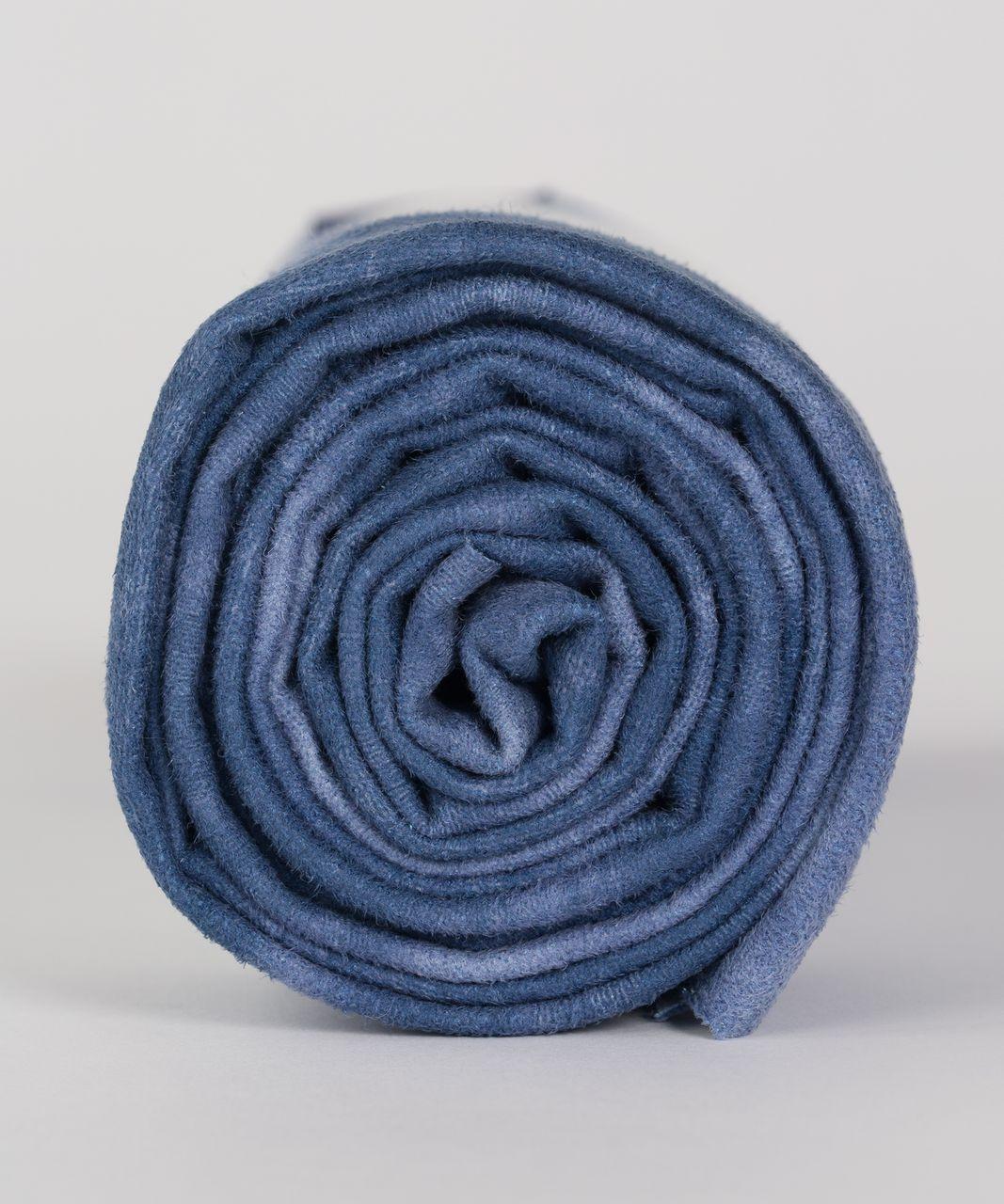 Lululemon The Towel - Tidal Trip Sailboat Blueberry Jam