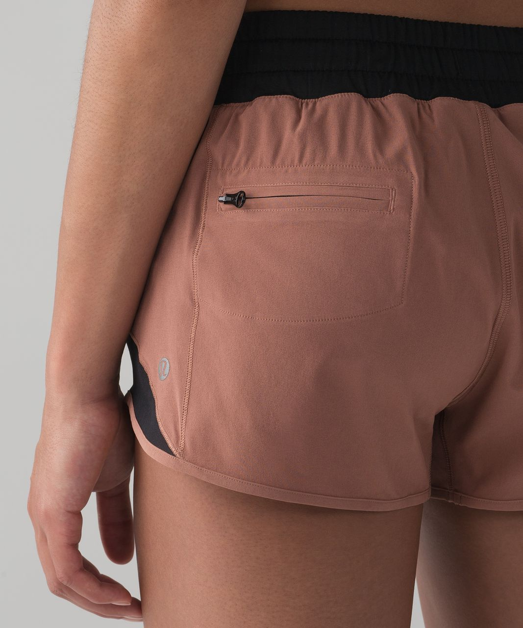 "Lululemon Hotty Hot Short (2 1/2"" ) - Henna / Black"