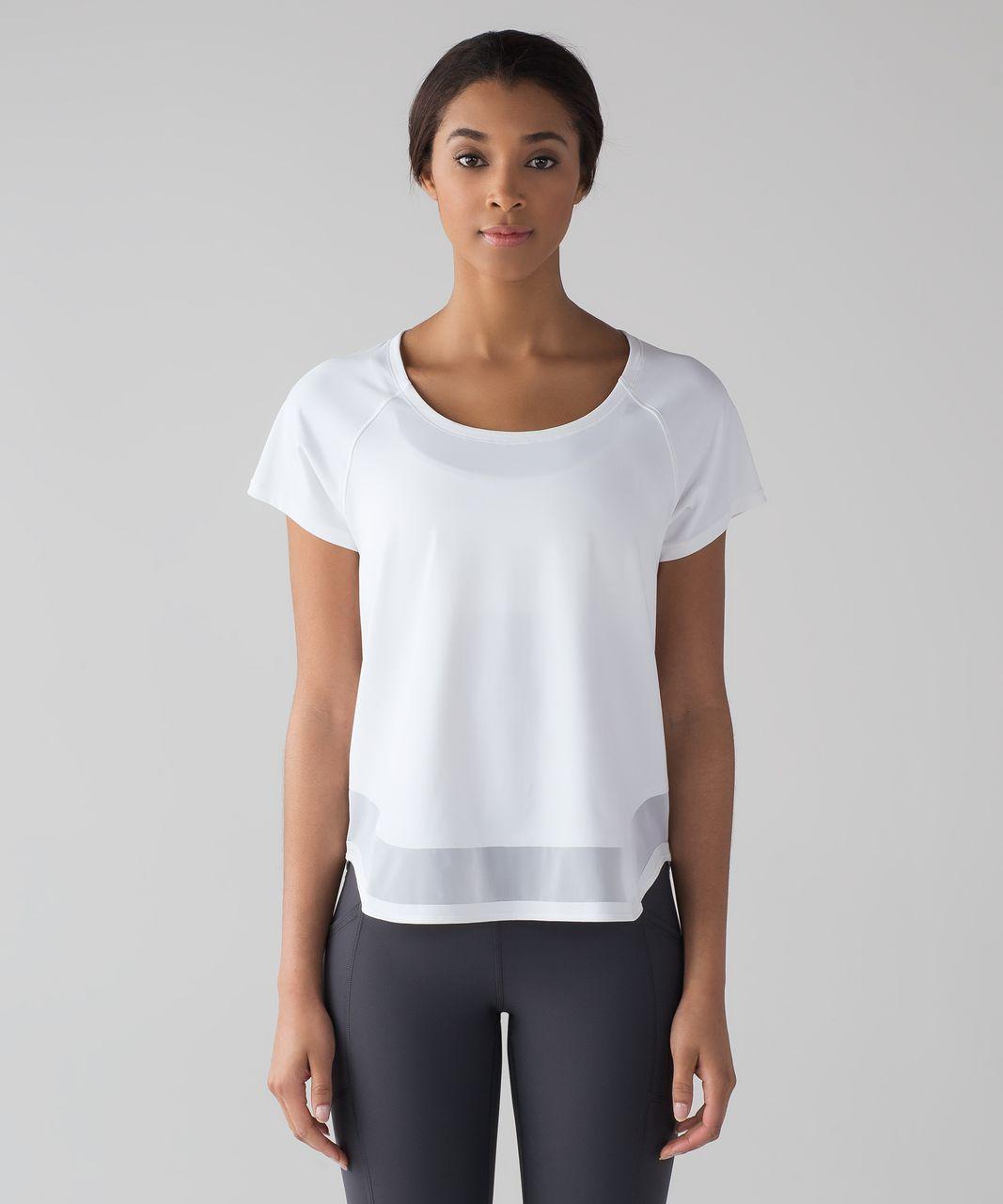 Lululemon Smooth Stride Short Sleeve (UV Protection) - White
