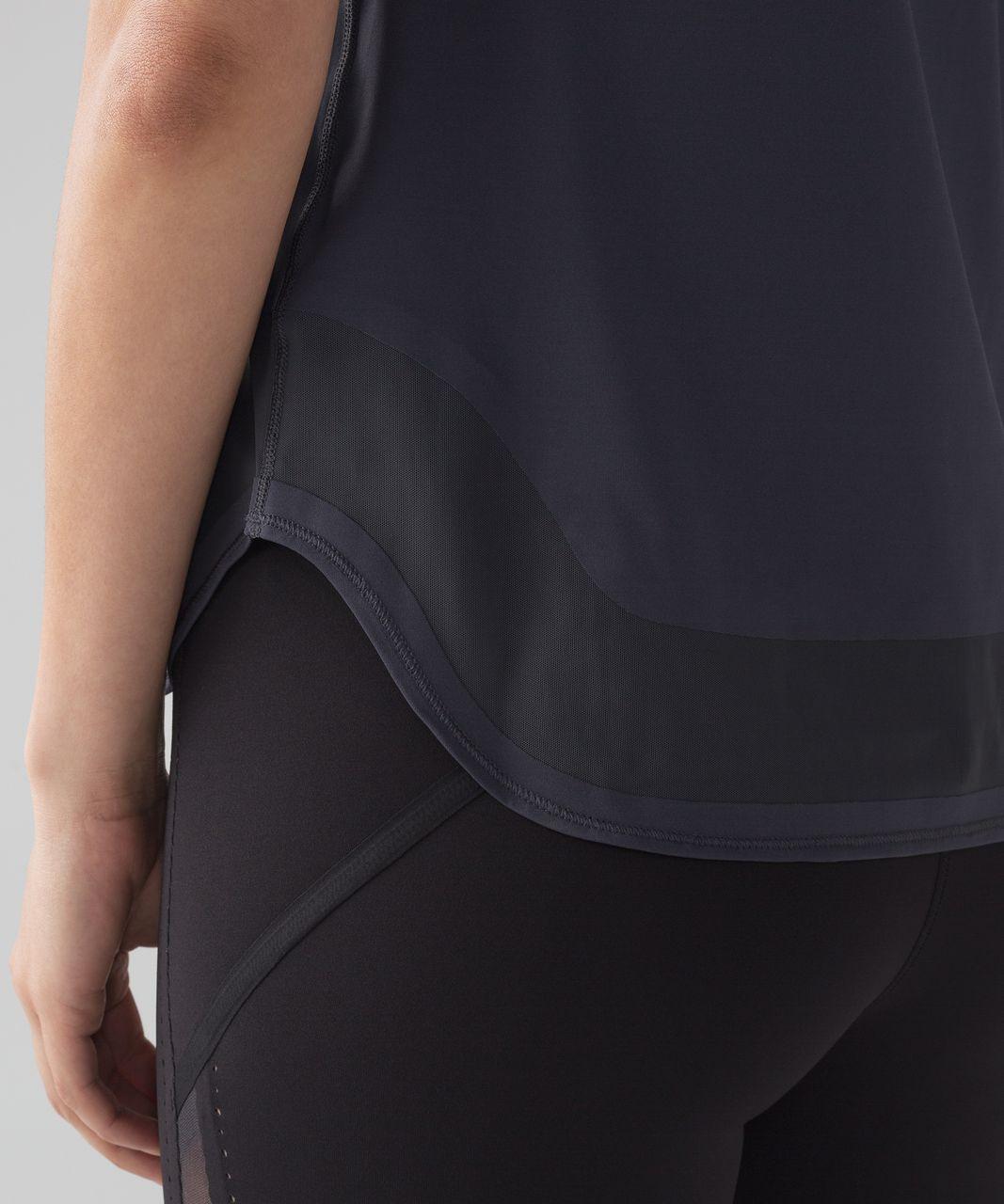 Lululemon Smooth Stride Short Sleeve (UV Protection) - Blue Tied
